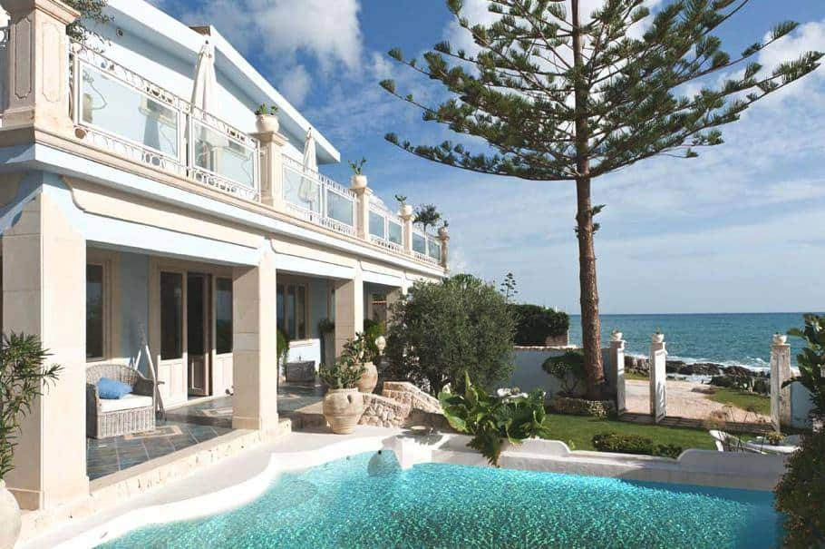 featured posts image for Luxurious seaside villa in beautiful Sicily