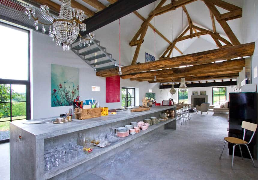 featured posts image for Charming barn house infused with style in Burgundy