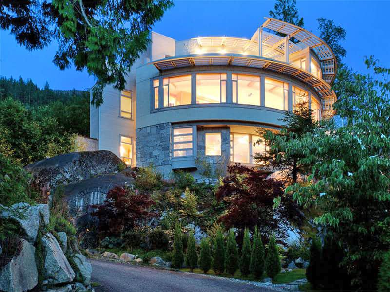 featured posts image for Amazing ocean view property on Howe Sound