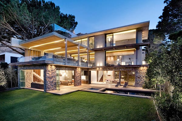 featured posts image for Contemporary-chic courtyard home in South Africa