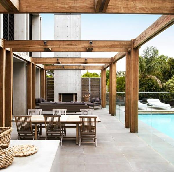 Ultra modern australian beachside villa for Ultra modern house designs australia