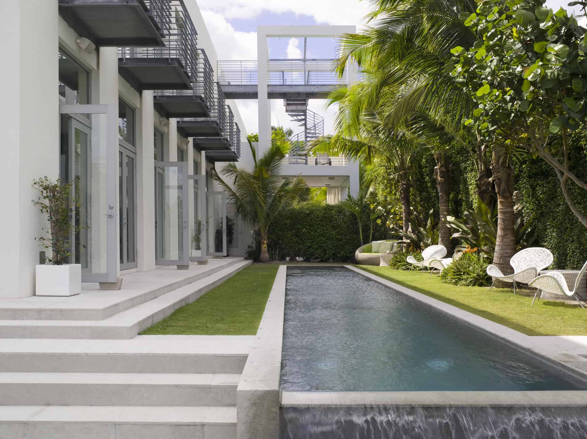 featured posts image for Villa gets transformed into sexy Miami modern