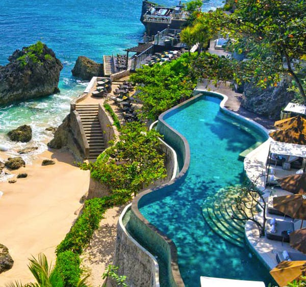 featured posts image for Dramatic oceanfront setting: Bali's AYANA Resort