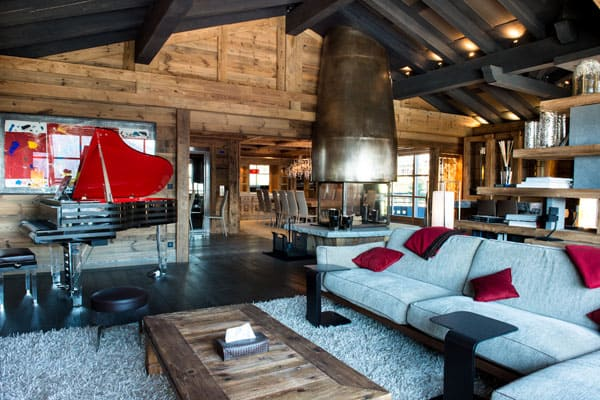 featured posts image for Extravagant mountain chalet in Courchevel 1850