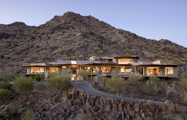 featured posts image for Spectacular modern home embraces the desert landscape