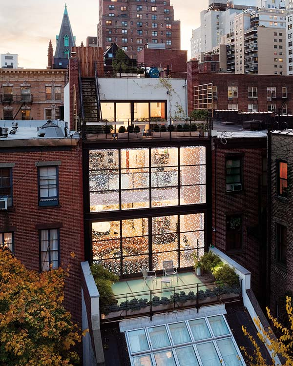 featured posts image for Spectacular steel and glass Manhattan townhouse