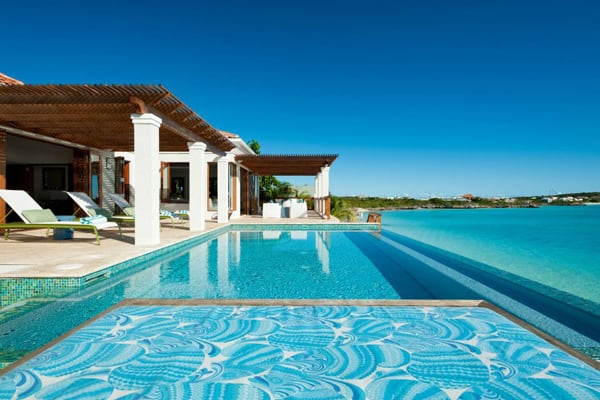featured posts image for Tropical beach house on Turks and Caicos Islands