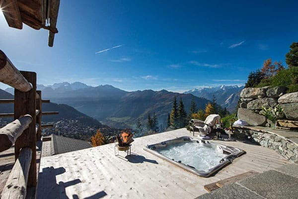 featured posts image for Magnificent Chalet Trois Couronnes in Switzerland