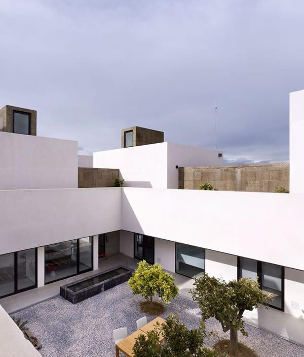 Villa Extramuros-003-1 Kind Design