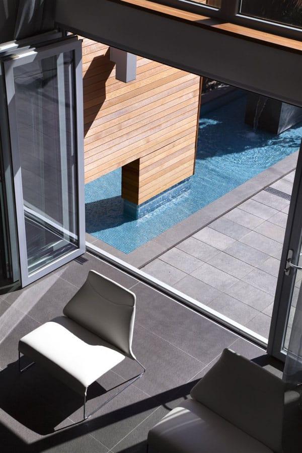Chilliwack Street House-16-1 Kind Design