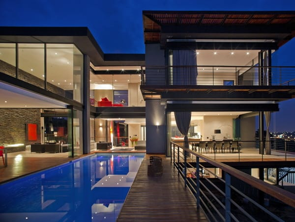 featured posts image for Open house with amazing wraparound views in South Africa