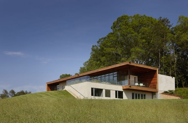 featured posts image for Hilltop residence in the Blue Ridge Mountains