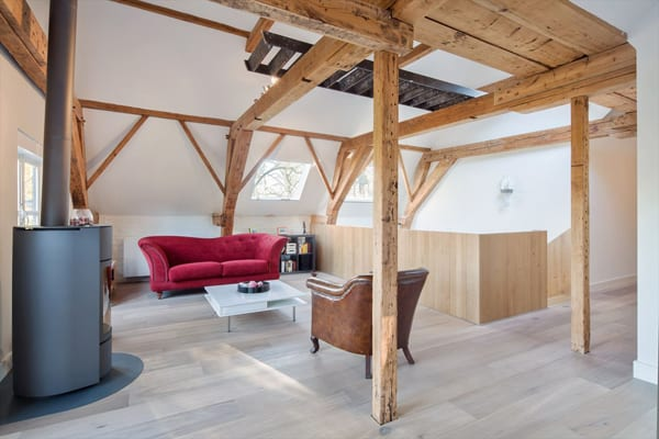 Monumental Coach House-20-1 Kind Design