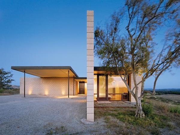 featured posts image for Striking rural dwelling in California: Paso Robles Residence