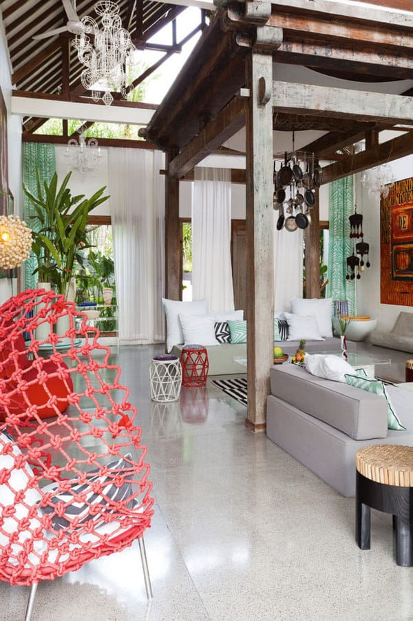featured posts image for Tropical Bali retreat displays an infusion of exotic colors