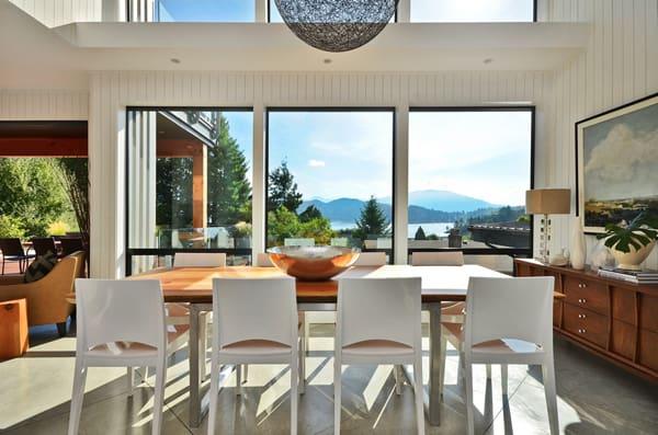 Glam Coastal Home On British Columbia S Sunshine Coast