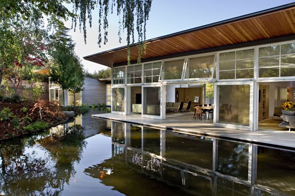 featured posts image for California retreat surrounded by lush landscaping
