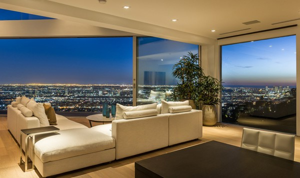 featured posts image for Grand View Drive Residence in the Hollywood Hills