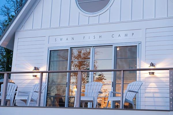 Swan Fish Camp-01-1 Kindesign