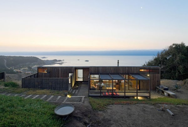 featured posts image for Modern home integrated into striking natural surroundings
