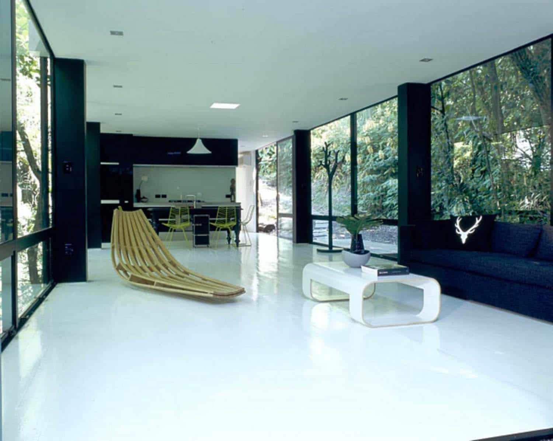 modular-glass-house-living-room