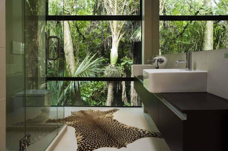 modular-forest-house-bathroom
