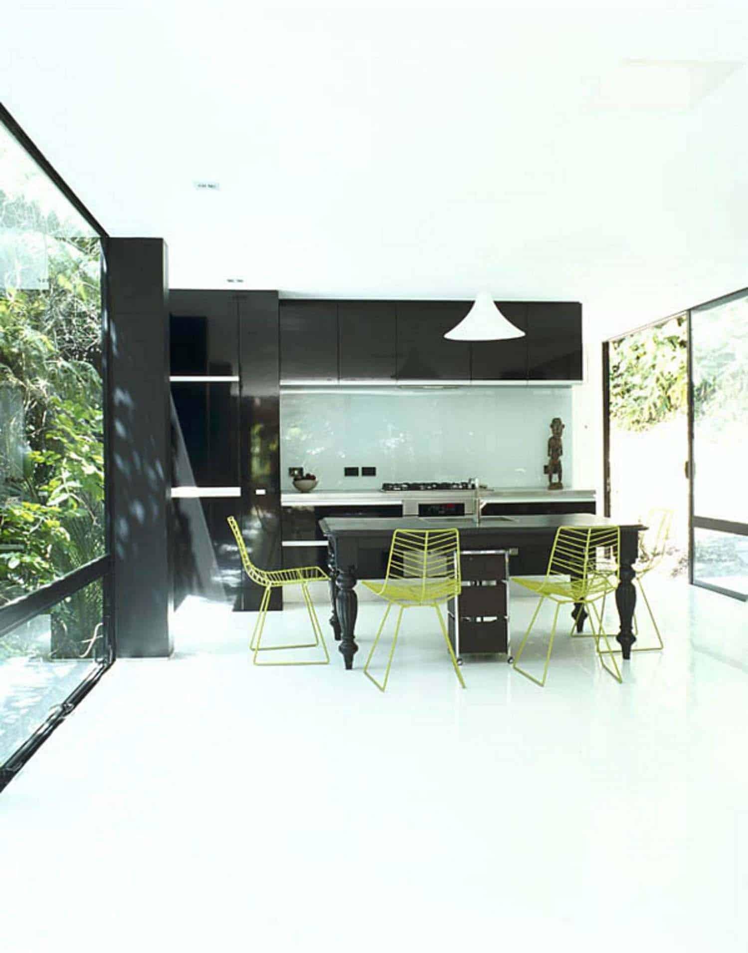 modular-forest-house-kitchen