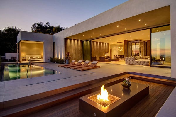 featured posts image for Awe-inspiring LA pad with incredible views