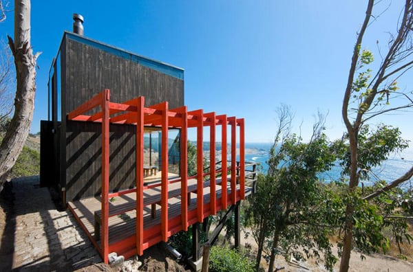 featured posts image for Spectacular cliffside cabin off the Chilean coast