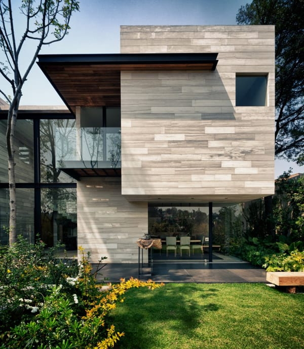 featured posts image for Contemporary Guanabanos House in Mexico City