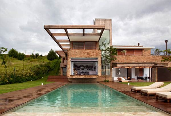 featured posts image for Stunning MP Quinta da Baronesa home in Brazil