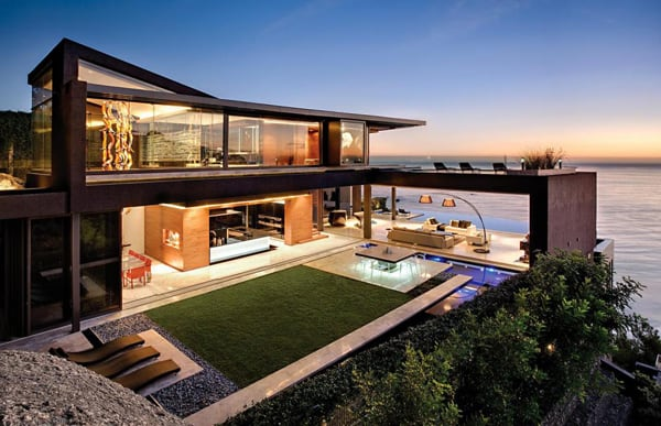 featured posts image for Modern multi-level cliffside property in South Africa