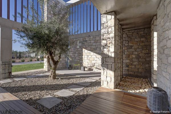 Stone House in Anavissos-37-1 Kindesign