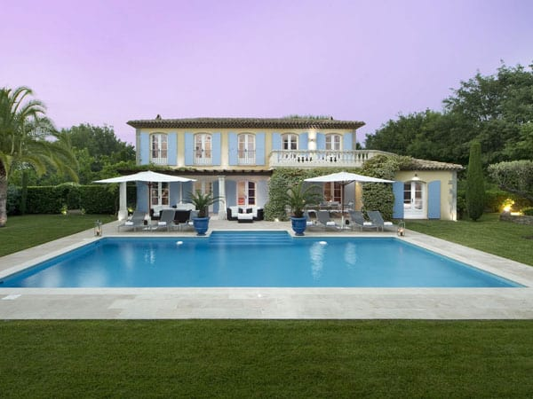 featured posts image for Charming blue-shuttered Provençal villa in St. Tropez