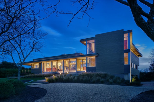 featured posts image for Stunning House By The Pond in Bridgehampton
