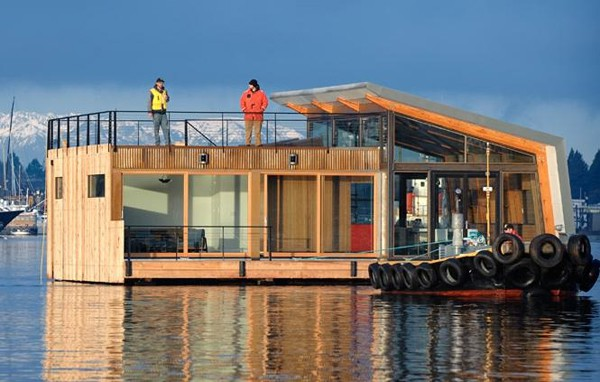 featured posts image for Contemporary Portage Bay floating home