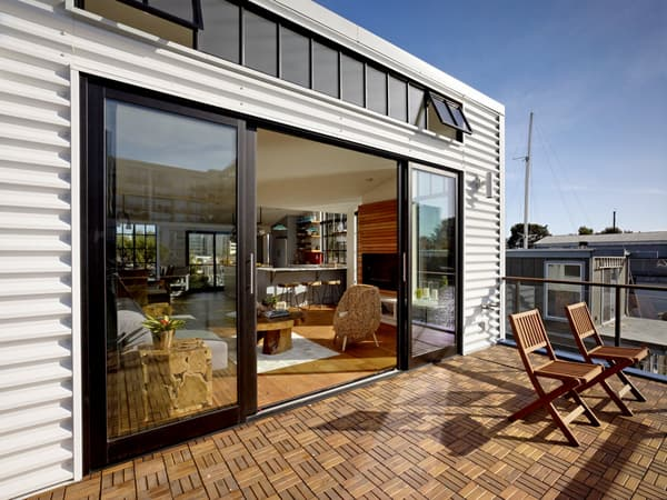 Contemporary Floating House In San Francisco
