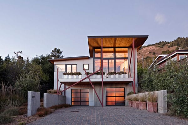 featured posts image for Sustainable modern property: Stinson Beach House