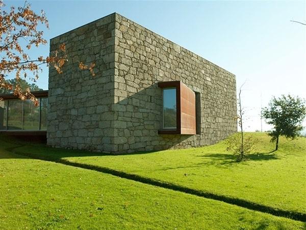 House in Brito-07-1 Kindesign