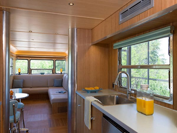 Locomotive Ranch Trailer-11-1 Kindesign