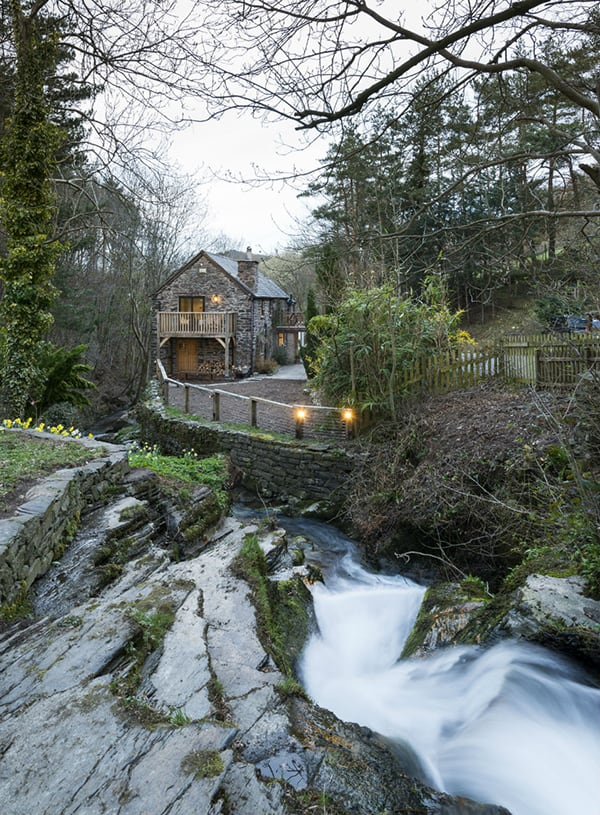 featured posts image for Enchanting 18th century water mill in North Wales