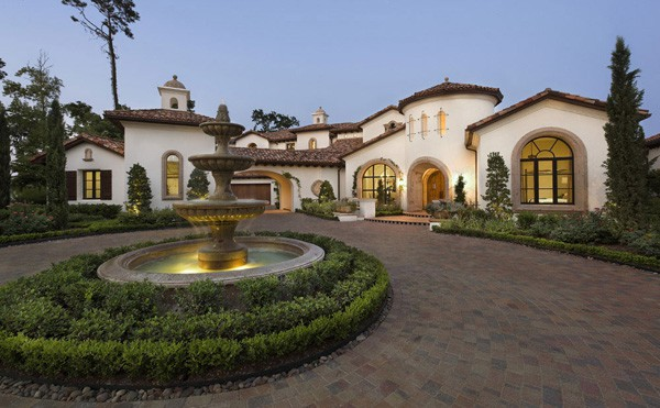 featured posts image for Spanish inspired dream home on Lake Conroe