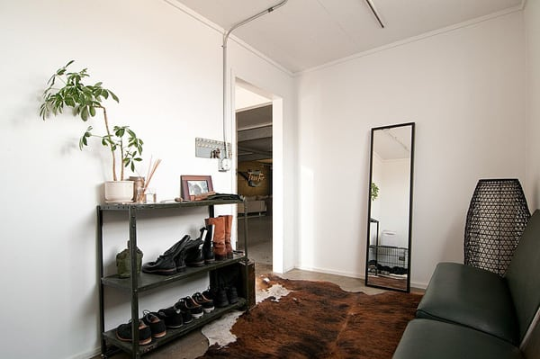 featured posts image for Auto garage converted into industrial chic pad