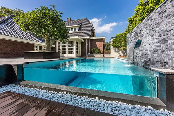 featured posts image for Striking backyard oasis in The Netherlands