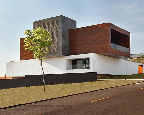 featured posts image for Imposing modern home with volumes in Brazil