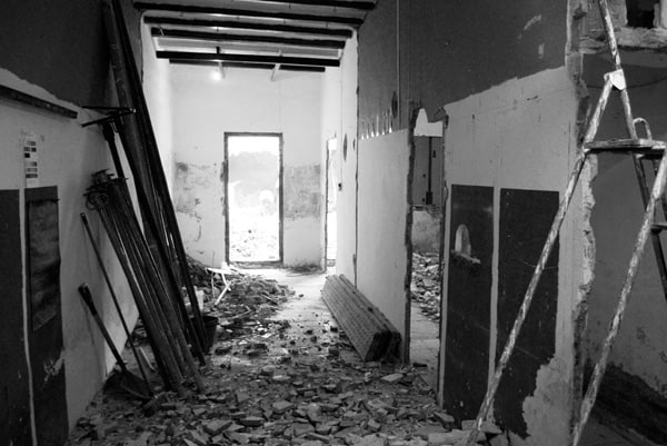 House-Patio in Gracia-Carles Enrich-19-1 Kindesign