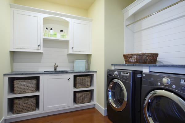 Laundry Room Design Ideas-46-1 Kindesign