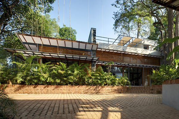 featured posts image for Stylish eco-friendly home in harmony with nature