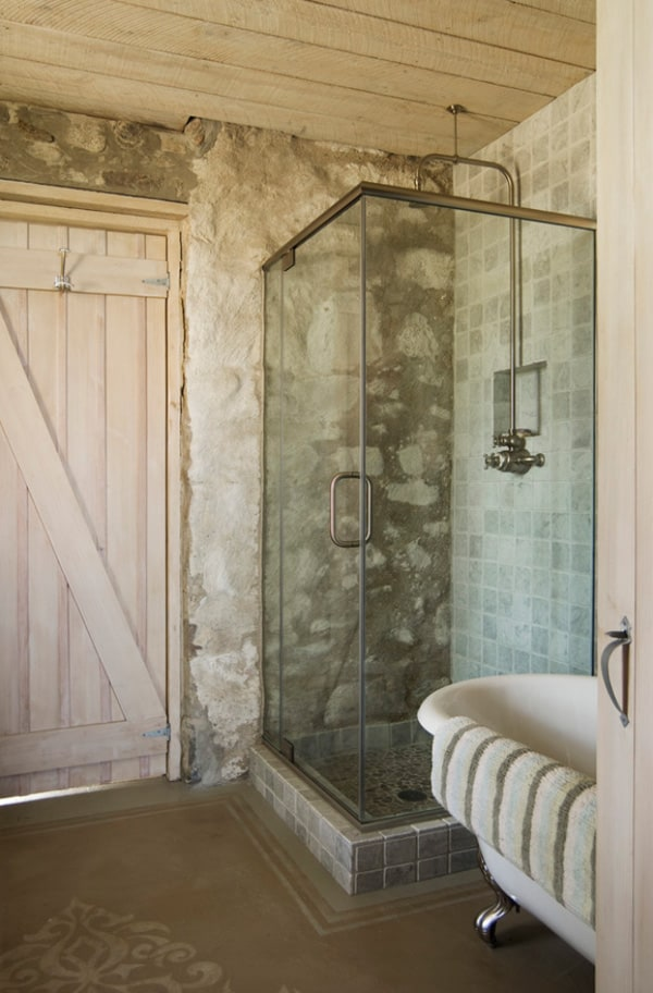 Rustic Barn Bathrooms-03-1 Kindesign