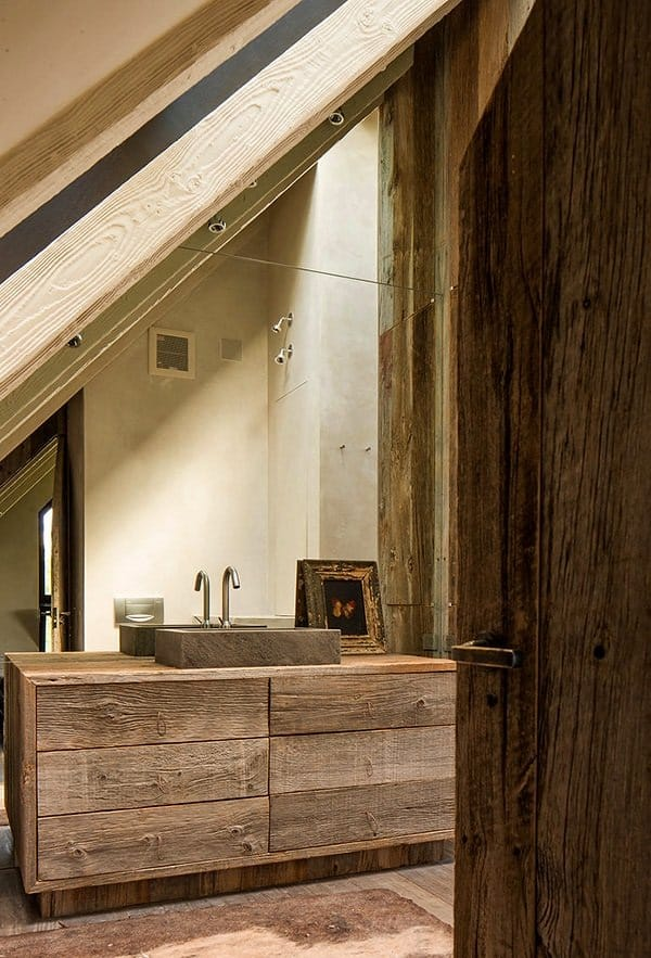 Rustic Barn Bathrooms-09-1 Kindesign